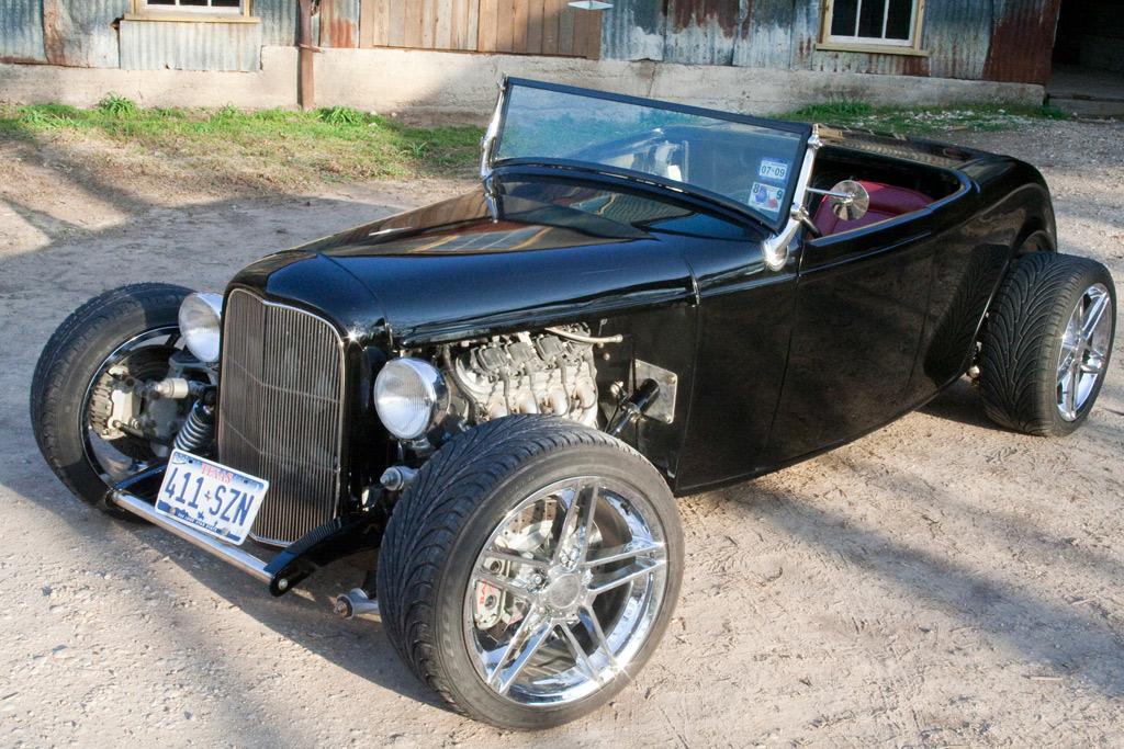 Larry\'s Custom 32 Roadster